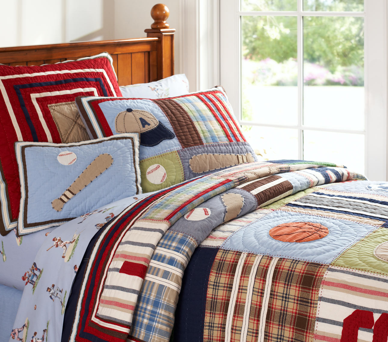 Junior_Varsity_Quilt_006_RT.jpg